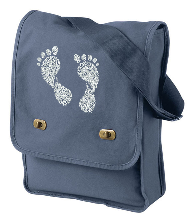 Pigment-Dyed Canvas Field Bag embroiderd footprints