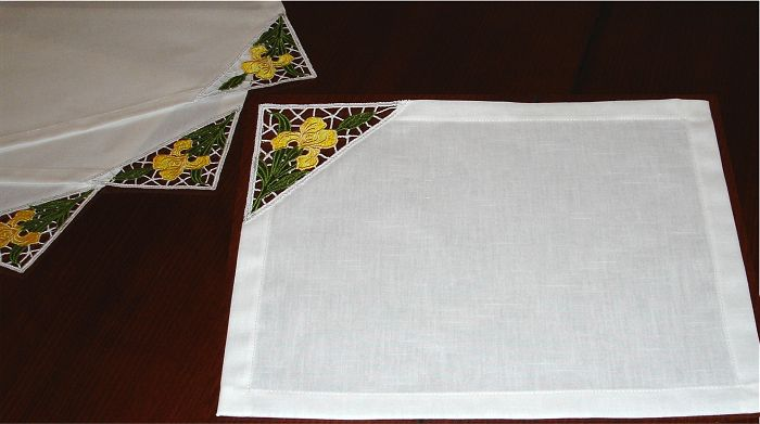 White Placemats Set with Lace Corners