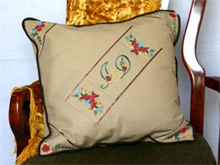 Cushion Cover with Roses Essentials Designs