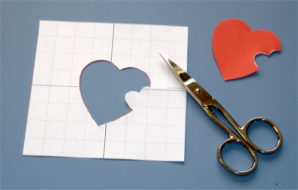 how to draw the perfet heart to cut out